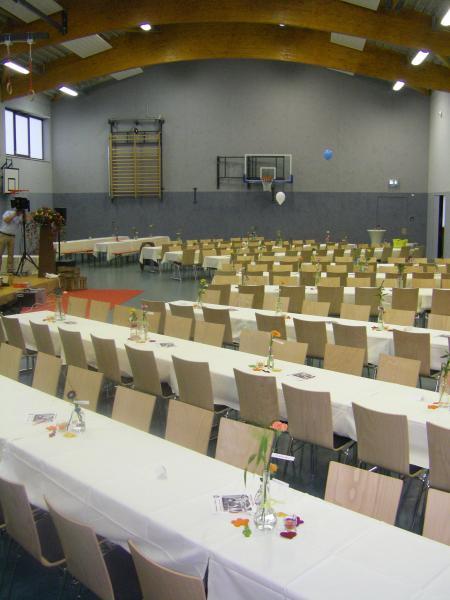 Mehrzweckhalle Altenplos Bild 4